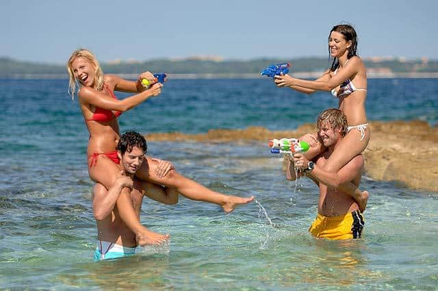 Go Investment 1389534509goinvestmentcrowdedbeach Million of tourists visited Red Sea in 2013 Egypt News