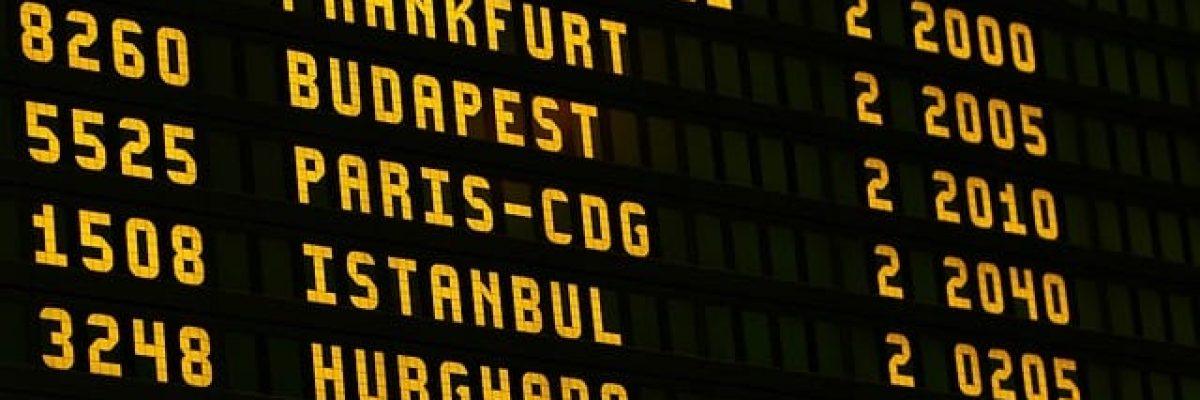 airport-1890943_640